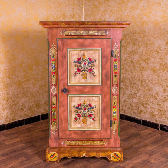 ▷ Voglauer Bauernmöbel » Restaurierte Möbel vom Händler